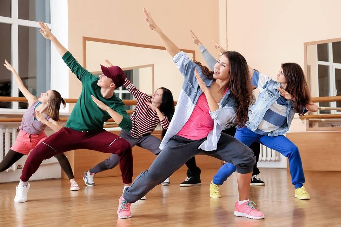 кому интересно танцы с картинками них изящная