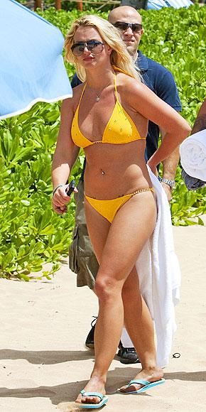 Фото жен на пляже 80