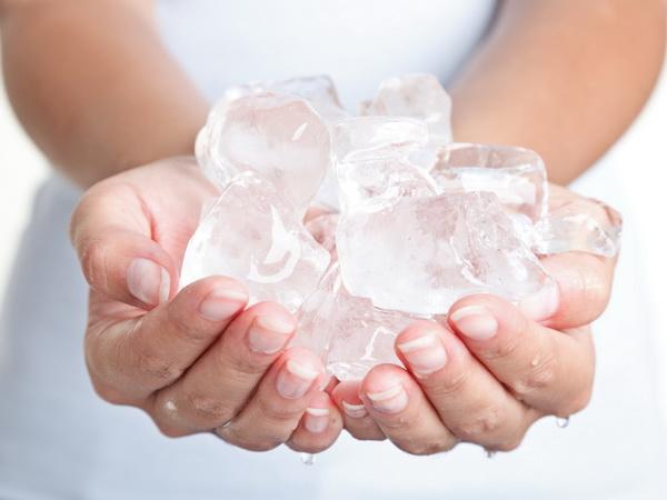 Холодная вода и лед для красоты и здоровья